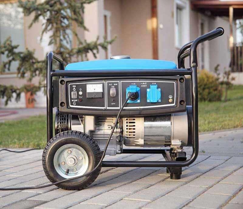 استفاده از موتور برق بنزینی در باغ و ویلا