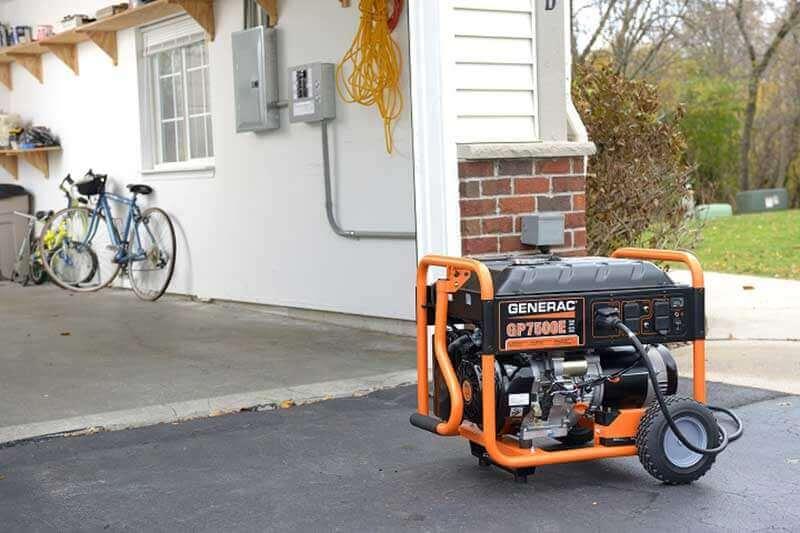 استفاده از موتوربرق بنزینی در حیاط منازل